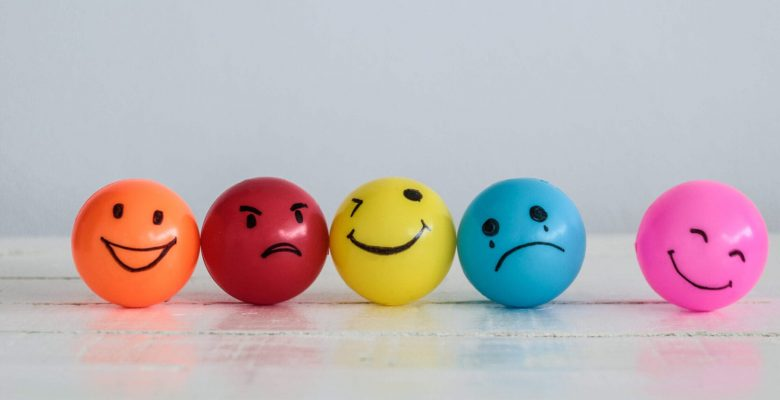 different emotion colourful face balls